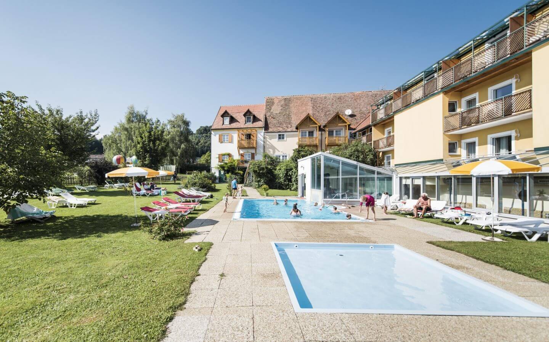 Wasserspaß im Wellnessurlaub in der Oststeiermark - Ballonhotel Thaller