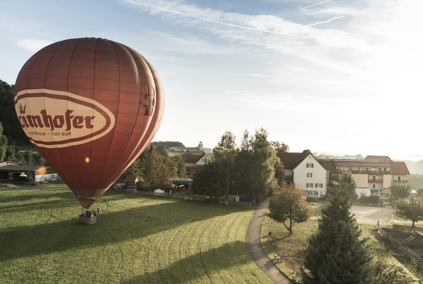 Ballon, Hotel