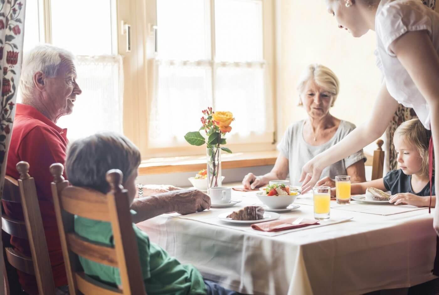 Großeltern-Enkerl, Familie