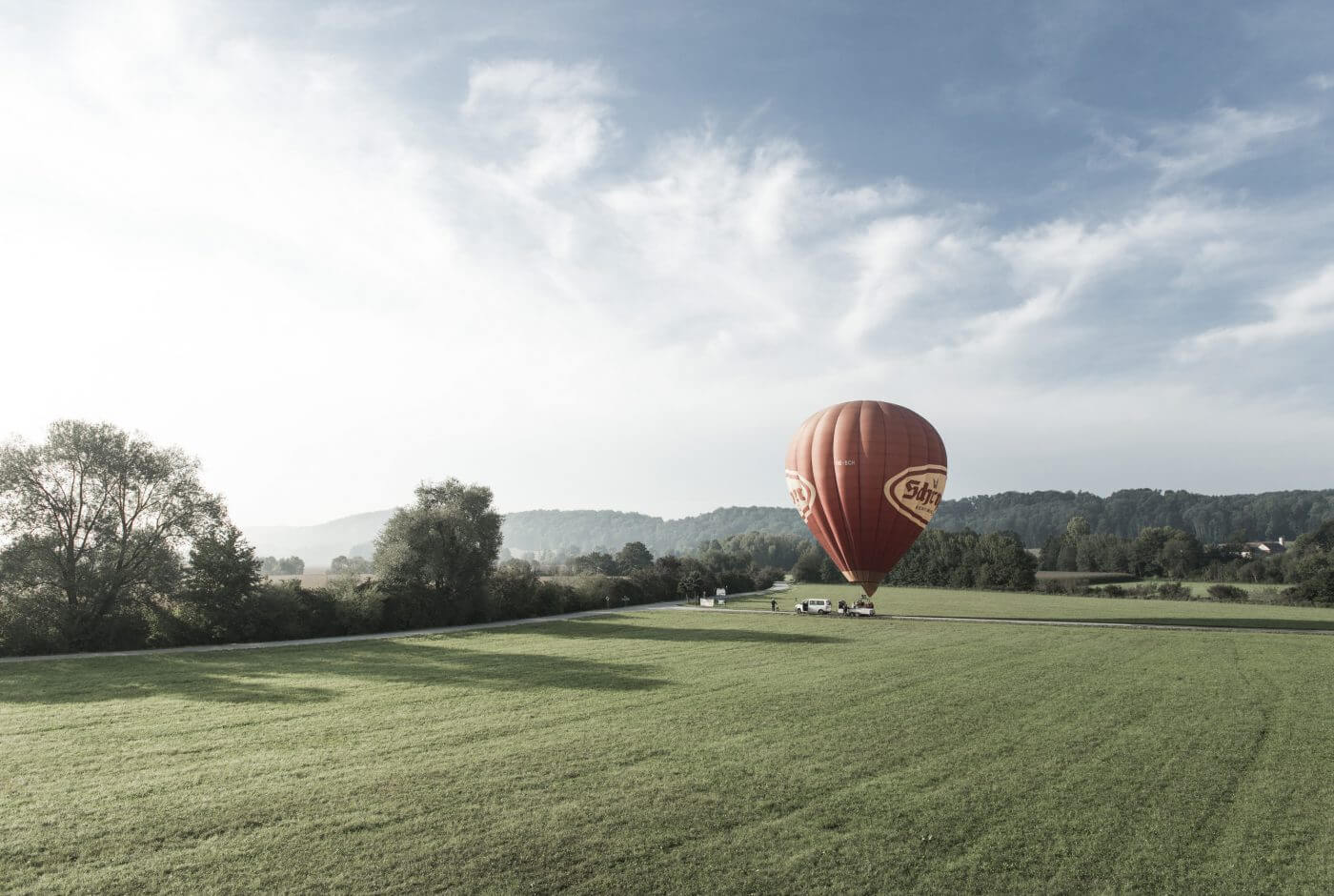 Ballon, Wiese, Region