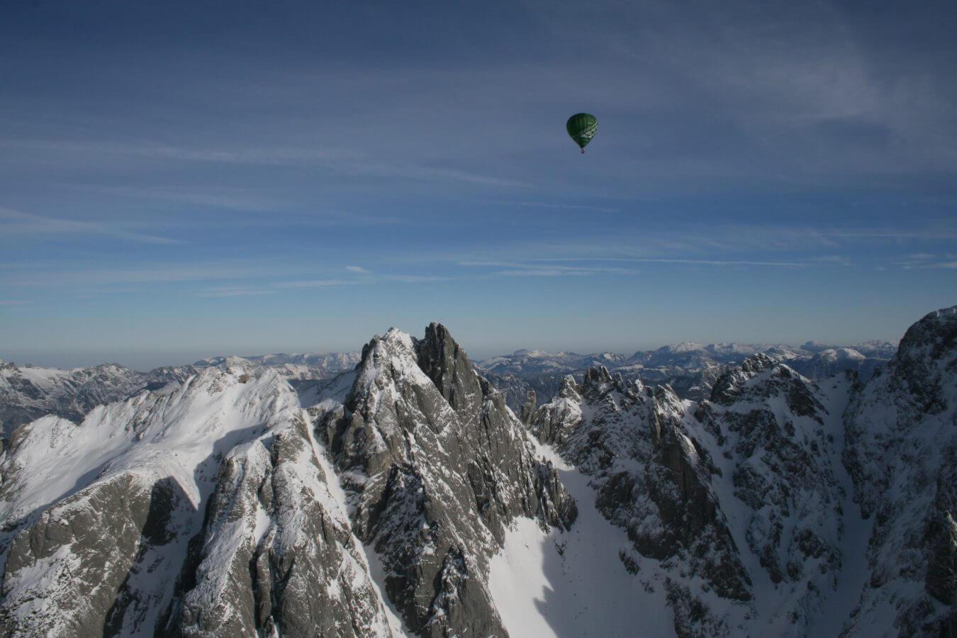 Ballonfahrt, Alpen, Winter