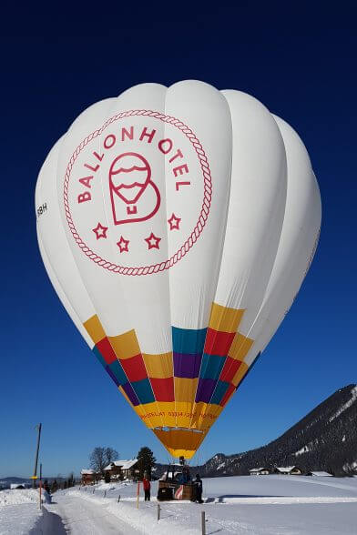 Ballon im Winter