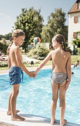 Sommer, Abkühlung, Pool